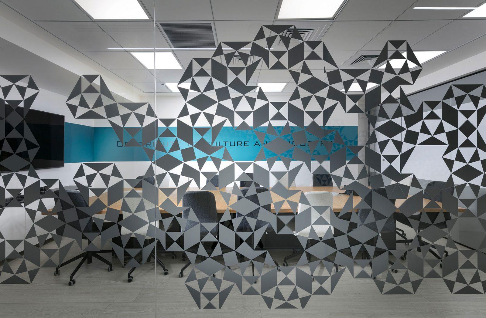 עיצוב משרדי שיווק ומכירות לחברת TDK-Lambda