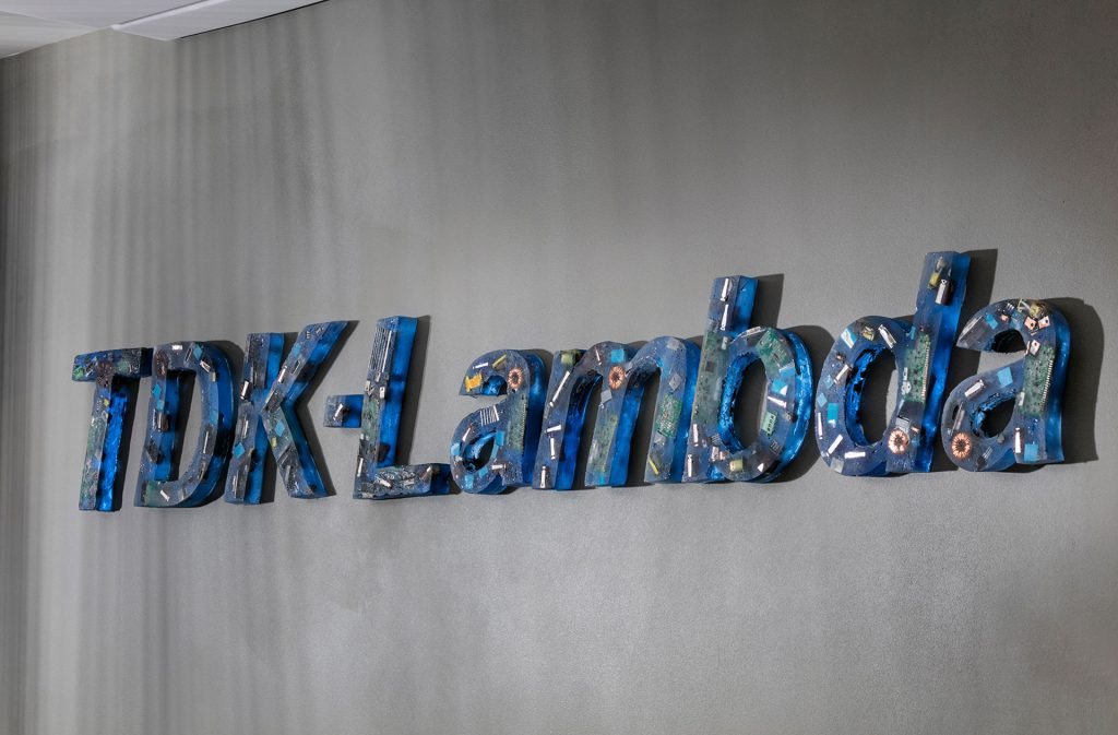 לוגו חברה מיציקת אפוקסי