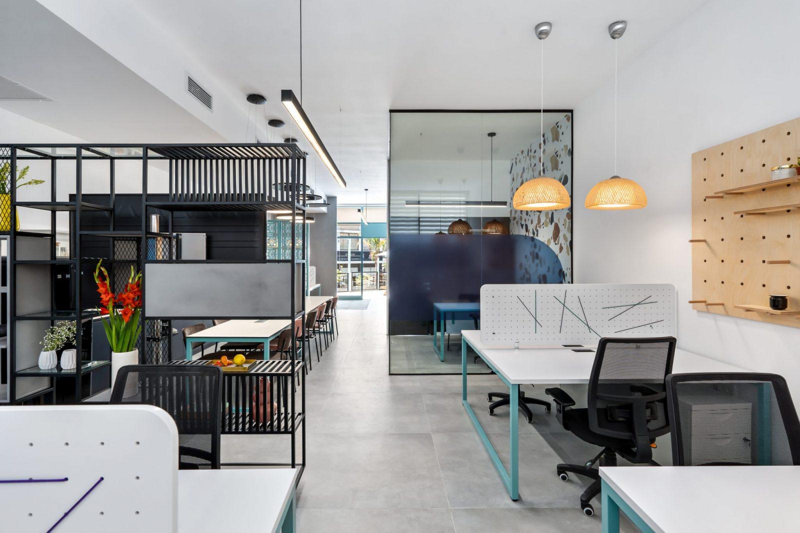 בניית משרדי חברת Eteacher